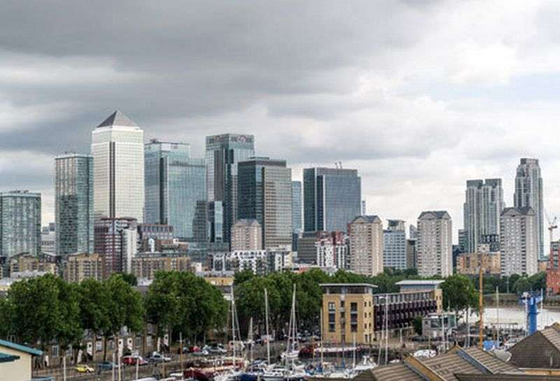 2 Bedrooms Flat for sale in 180 Plough Way, Surrey-Quays, Royal Victoria Gardens, Marine Wharf, London SE16