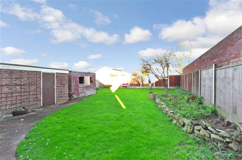 3 Bedrooms Detached House for sale in Greenfield Road, Ramsgate, Kent