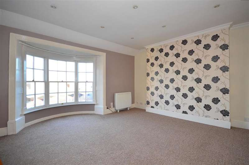 2 Bedrooms Apartment Flat for sale in Lind Street, Ryde, Isle of Wight