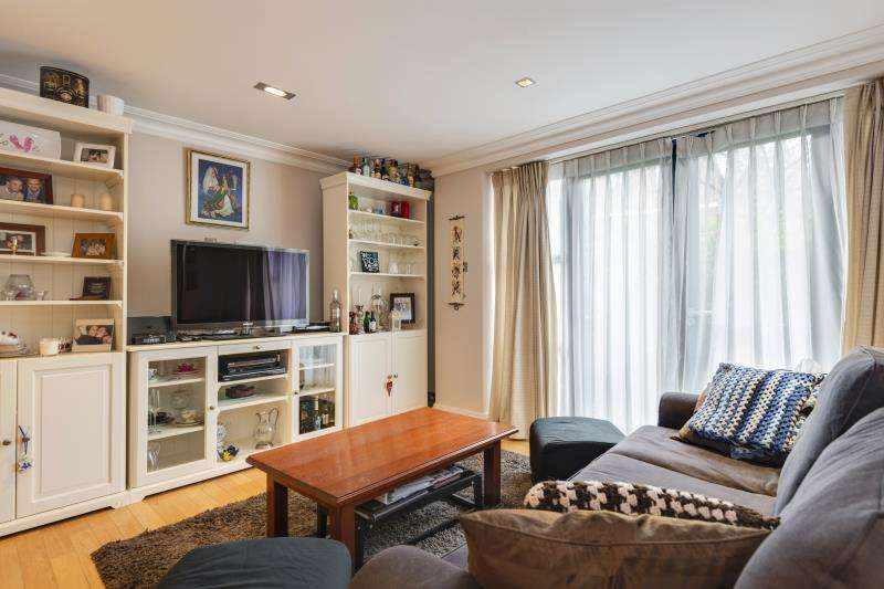 3 Bedrooms Flat for sale in North End Way, Hampstead