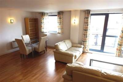 2 Bedrooms Flat for rent in West One City, Fitzwilliam Street, S1 4JF
