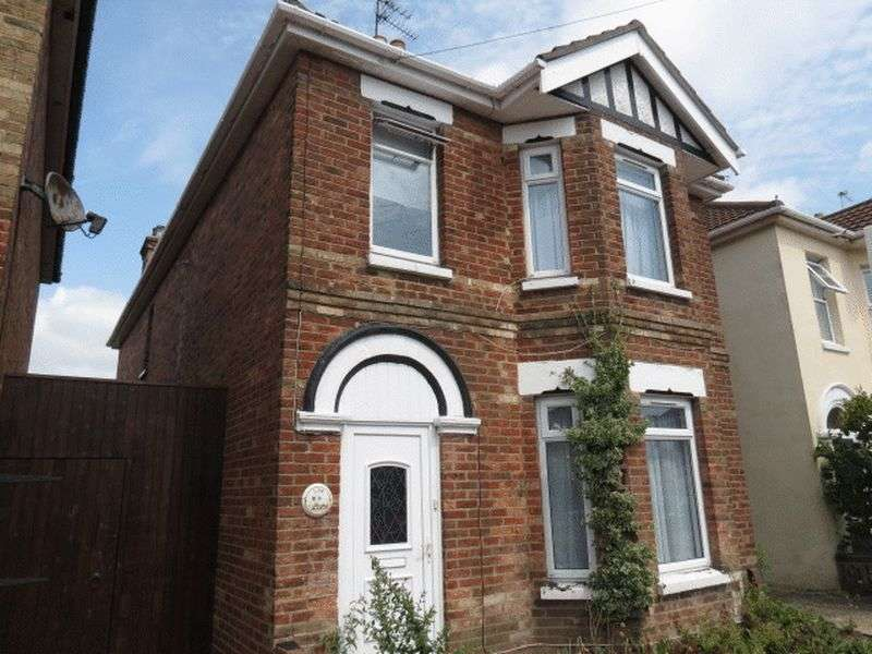 6 Bedrooms Detached House for rent in Capstone Road, Bournemouth