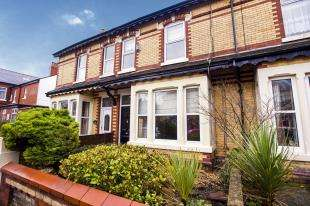 4 Bedrooms Terraced House for sale in Springfield Road, Lytham St. Annes, Lancashire, FY8