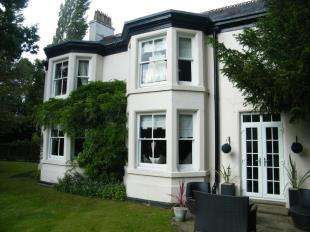 House for sale in Swanlow Lane, Winsford, Cheshire