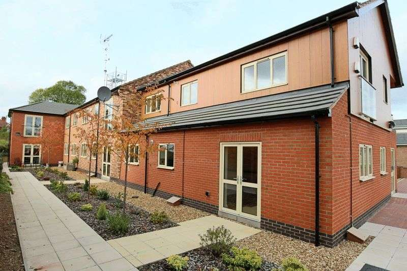 1 Bedroom Flat for sale in Fountain Court, Wharf Road, Gnosall