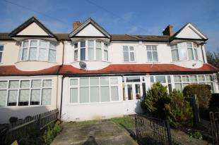3 Bedrooms Terraced House for sale in Waddon Close, Croydon, .