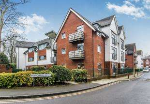 2 Bedrooms Flat for sale in Middlepark Drive, Northfield, Birmingham, West Midlands