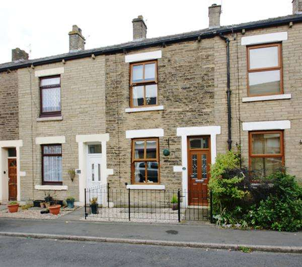 2 Bedrooms Terraced House for sale in Lorne Street, Mossley