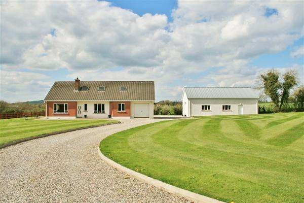 5 Bedrooms Detached House for sale in 68 Ashbrooke Road