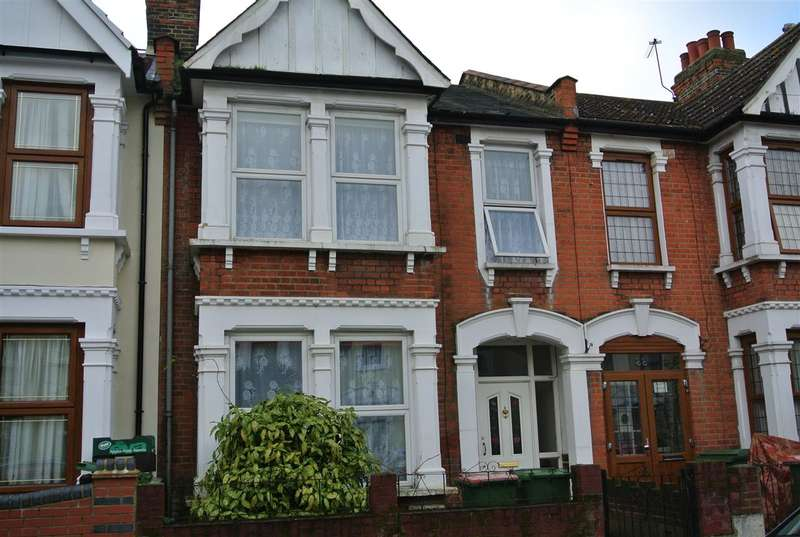 3 Bedrooms Terraced House for sale in Litchfield Road, East Ham