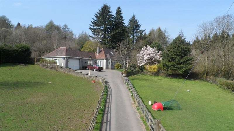 4 Bedrooms Detached Bungalow for sale in Nantlais, Llanharan, Pontyclun, CF72 9NH