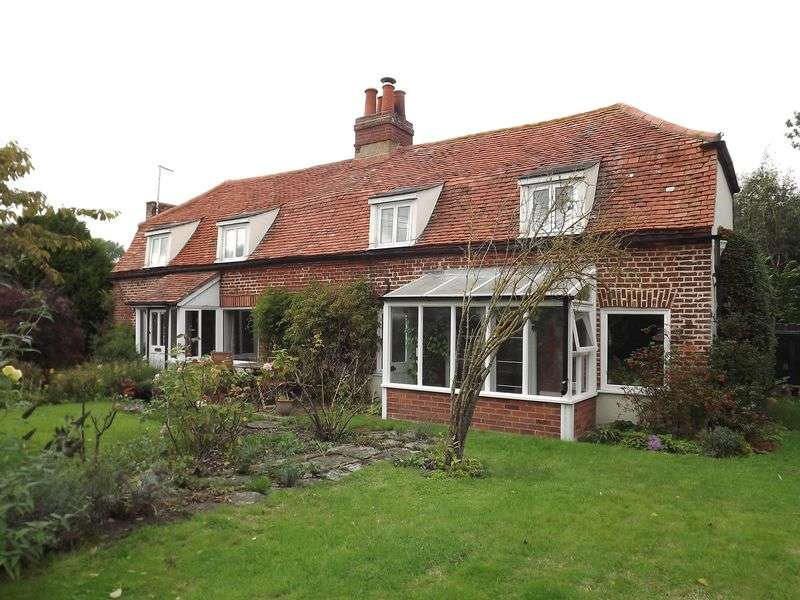 4 Bedrooms Detached House for sale in East Road, East Mersea