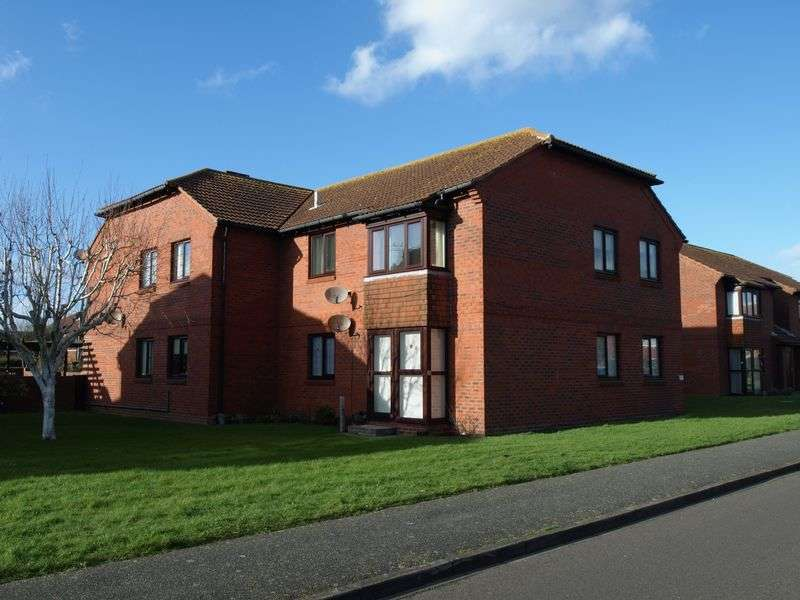 2 Bedrooms Retirement Property for sale in Felpham, West Sussex