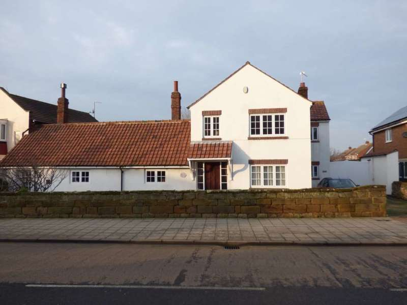 4 Bedrooms Semi Detached House for sale in ***REDUCED BY 100,000***High Street, Marske By The Sea