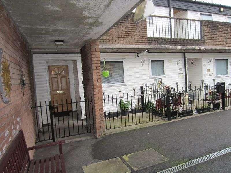 1 Bedroom Flat for sale in Hewell Court Grangetown Cardiff CF11 7HD