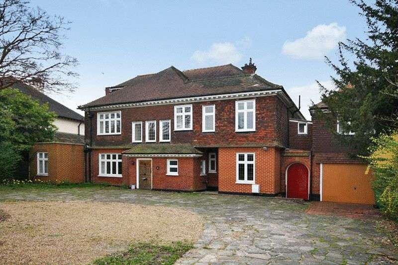 9 Bedrooms Detached House for sale in SOUTH CHEAM