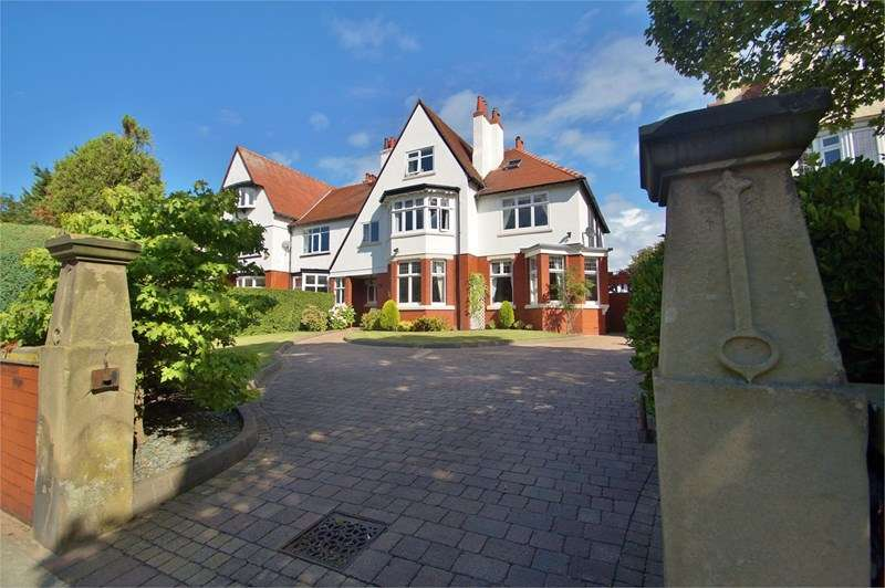 6 Bedrooms Semi Detached House for sale in Hesketh Road