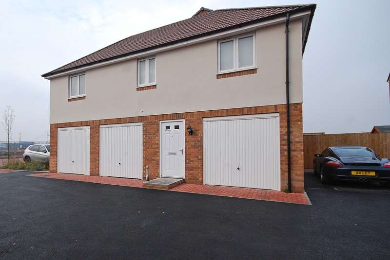 2 Bedrooms Terraced House for sale in Lysaght Avenue, Newport, Gwent. NP19 4AH