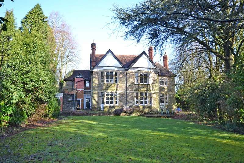 7 Bedrooms Detached House for sale in Stow Park Circle, Newport, South Wales. NP20 4HF