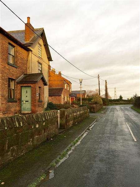4 Bedrooms Semi Detached House for sale in Poole House, Ellesmere Port