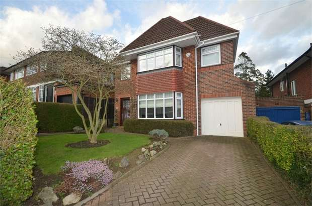 5 Bedrooms Detached House for sale in Lawrence Gardens, Mill Hill
