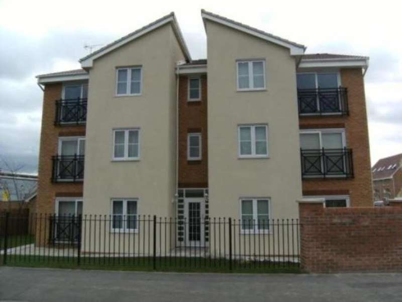 1 Bedroom Apartment Flat for sale in Cherry Tree Walk, Knottingley, Wakefield, WF11