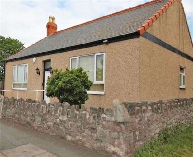 3 Bedrooms Detached Bungalow for sale in Victoria Road, Prestatyn, Denbighshire