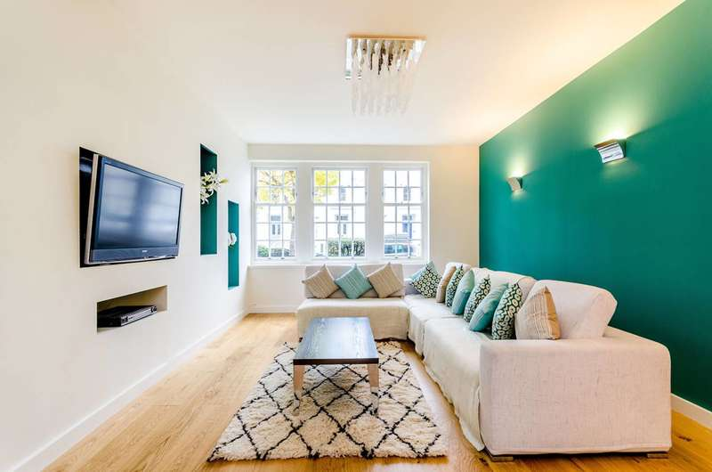 4 Bedrooms Flat for sale in Gloucester Terrace, Lancaster Gate, W2