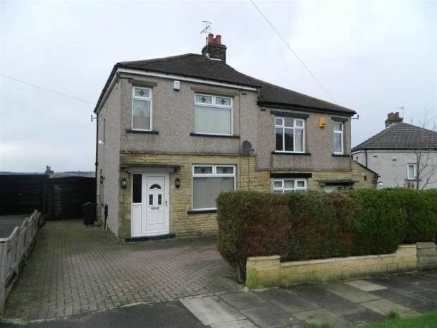 3 Bedrooms Semi Detached House for sale in Wellbeck Drive, Gt Horton, BD7