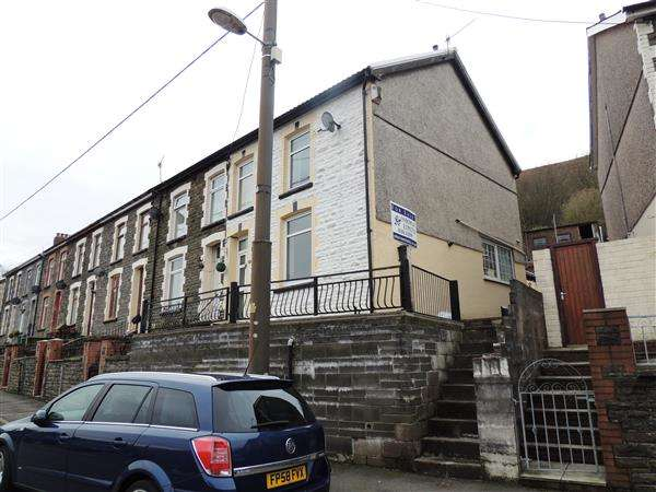 3 Bedrooms End Of Terrace House for sale in Tan Y Bryn, Pontygwaith, Ferndale