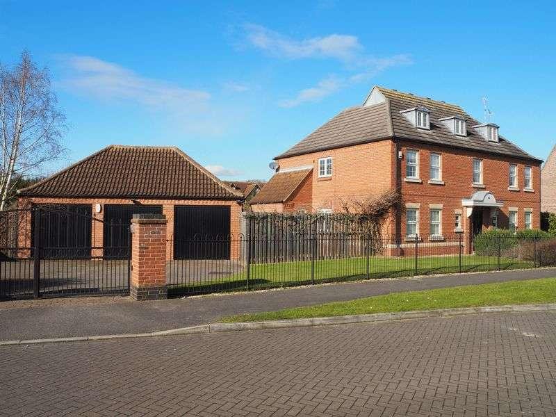 5 Bedrooms Detached House for sale in Glebe Park, Balderton, Newark