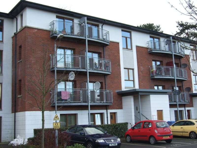 2 Bedrooms Flat for sale in 32 Cois Locha, Newry, BT35 8WE