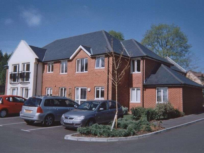 1 Bedroom Retirement Property for sale in Mondyes Court, Wells, BA5 2QX