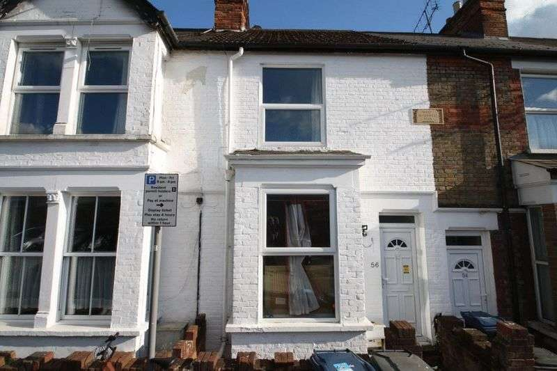 2 Bedrooms Terraced House for sale in CASH BUYERS ONLY - Victoria Street, High Wycombe