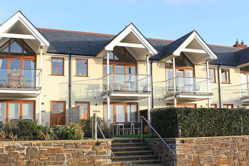 3 Bedrooms Terraced House for sale in The Lookout, St Just in Roseland