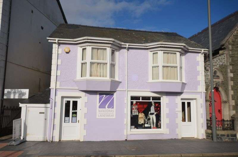 2 Bedrooms Property for sale in Glandyfi Terrace, Aberdovey