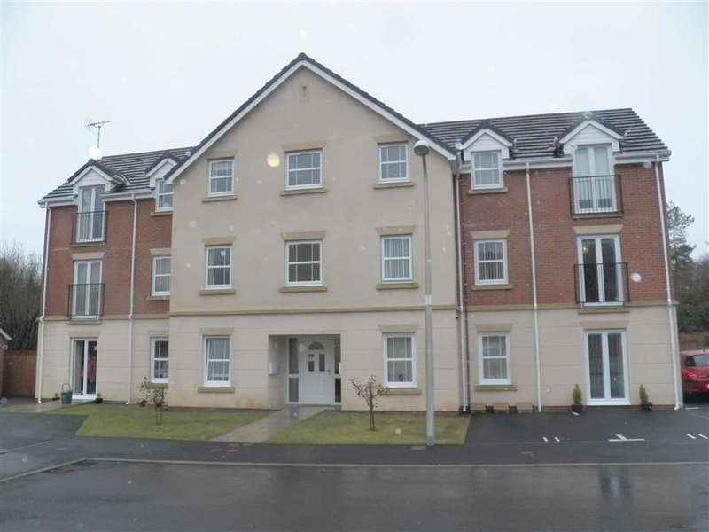 2 Bedrooms Flat for sale in Cwrt Lando, Pembrey, Llanelli