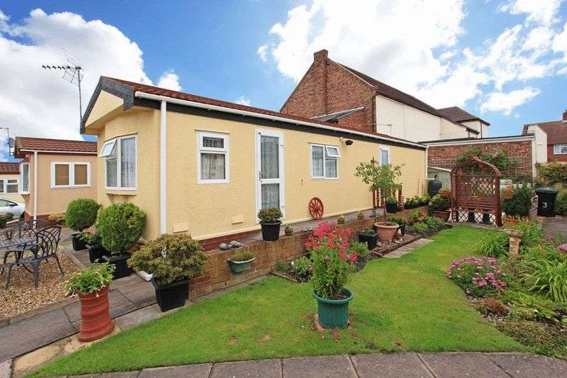 2 Bedrooms Detached House for sale in Four Winds Caravan Park, Broseley