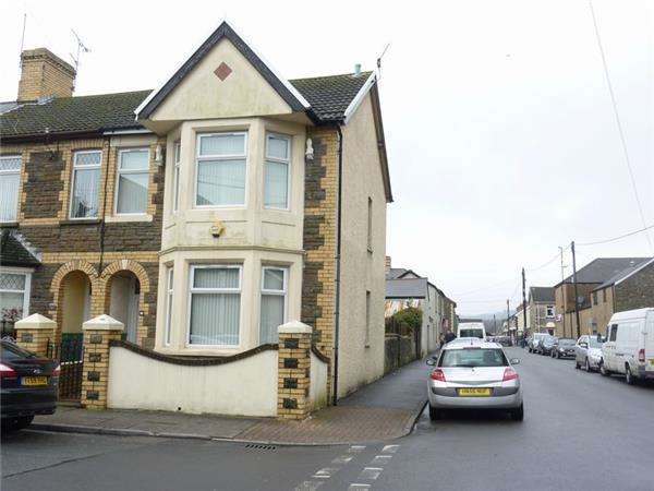3 Bedrooms Terraced House for sale in Castan Road, Pontyclun, CF72 9EH