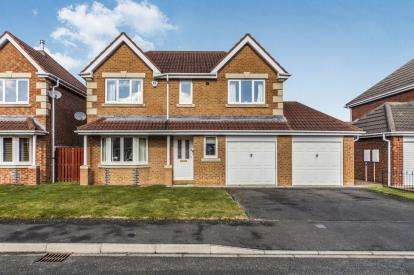 4 Bedrooms Detached House for sale in Maplewood Court, Langley Park, Durham, DH7