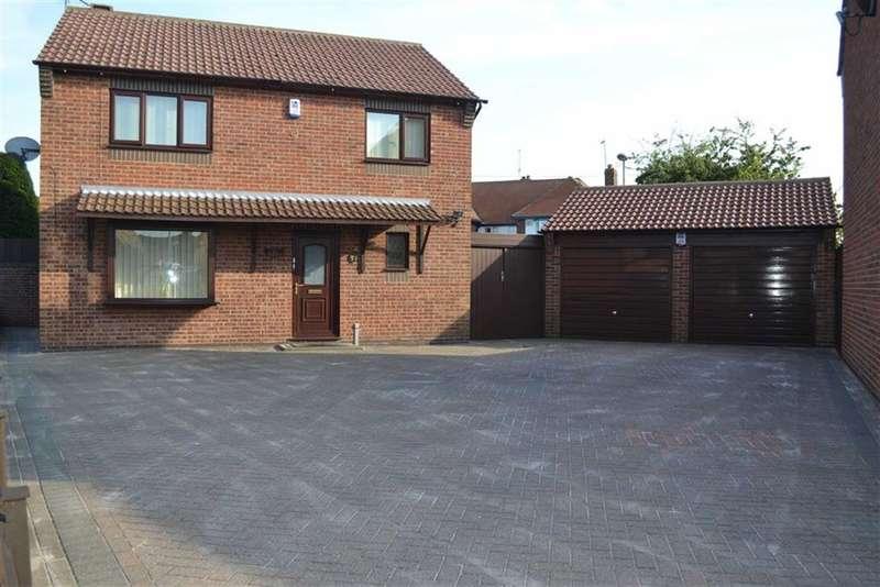 4 Bedrooms Property for sale in Elizabeth Close, Bridlington, East Yorkshire, YO15