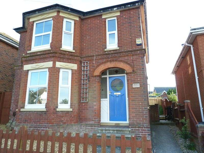 3 Bedrooms Detached House for sale in Parkhurst Road, Newport