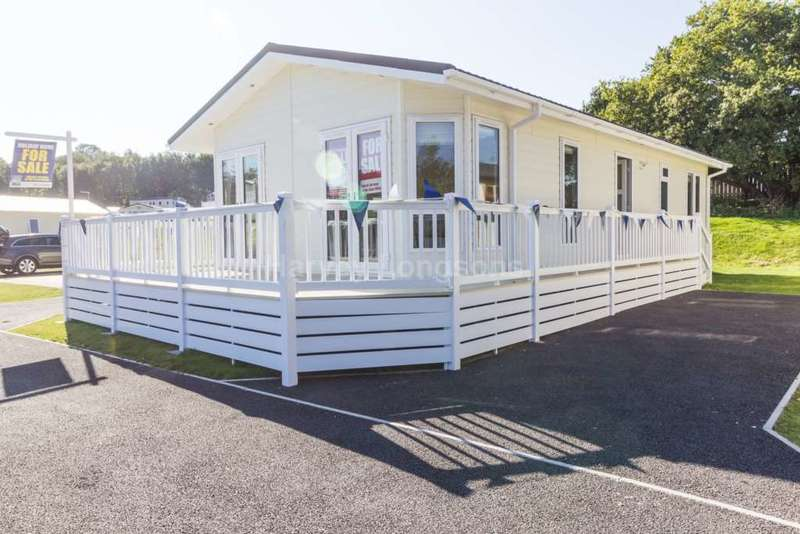 2 Bedrooms Lodge Character Property for sale in Dawlish Warren, Devon
