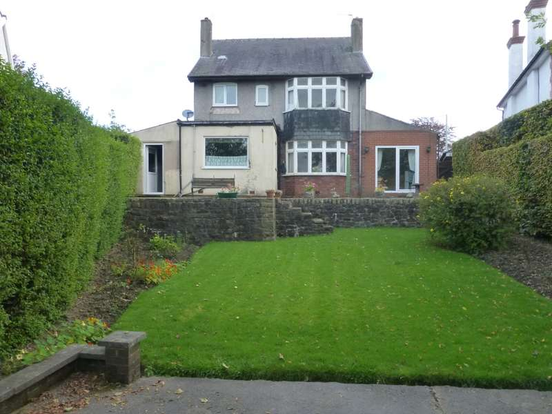 4 Bedrooms Detached House for sale in Whitehalgh Lane, Blackburn, Lancashire, BB6