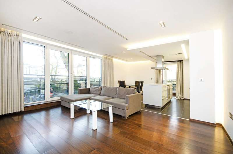 2 Bedrooms Flat for sale in Park Road, Regent's Park, NW8