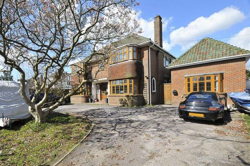 5 Bedrooms Detached House for sale in Upper Brighton Road, Worthing