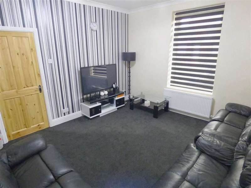 3 Bedrooms Property for sale in Manchester Road, Rochdale, Lancashire, OL11