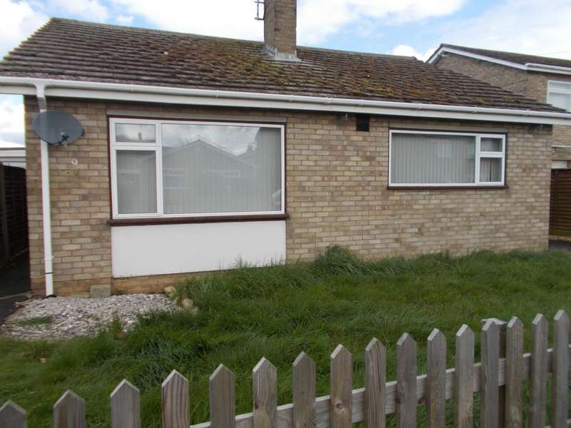 3 Bedrooms Bungalow for sale in Swan Close, Whittlesey, PE7