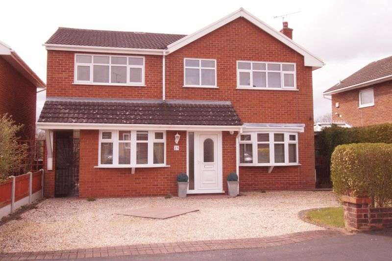 4 Bedrooms Detached House for sale in Ffordd Meirionydd, Wrexham