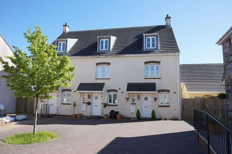 3 Bedrooms Terraced House for sale in Blackbird Crescent, Launceston